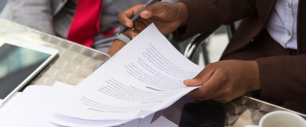 employment-contract-elements-included-2